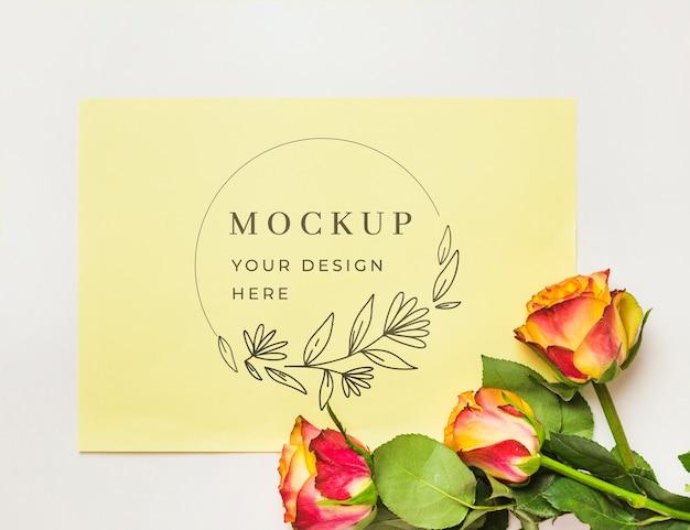 美しい花のコンセプトのモックアップ Premium Psd