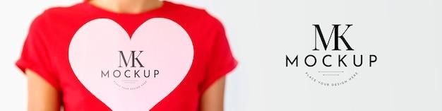 Макет концепции красивого сердца Бесплатные Psd