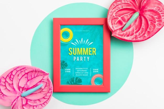 美しい夏のコンセプトのモックアップ 無料 Psd
