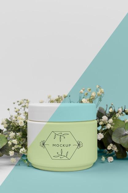 Крем для косметики с растительным макетом Бесплатные Psd