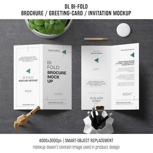 bi fold brochure or invitation mockup with still life concept psd