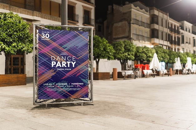 Billboard mockup in night city Free Psd