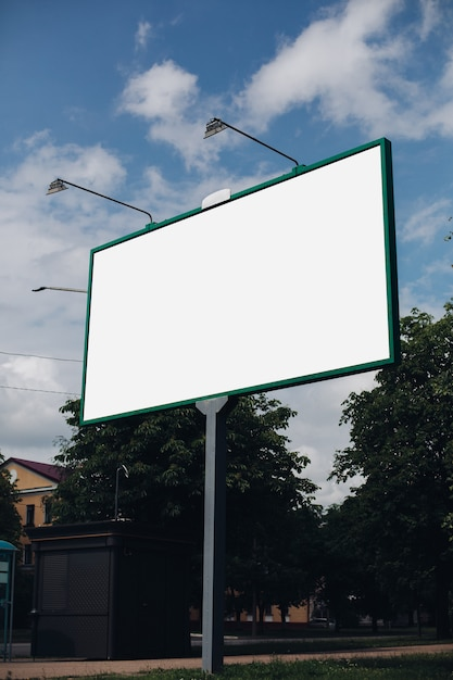 Billboard with blank surface for advertising Premium Psd