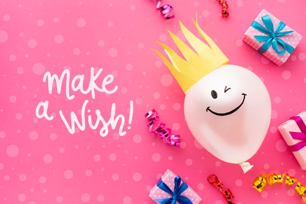 Birthday balloons with white gifts Free Psd