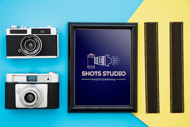 Black frame mockup with photography concept Free Psd