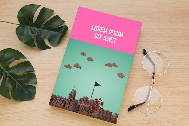 Обложка книги с очками Бесплатные Psd