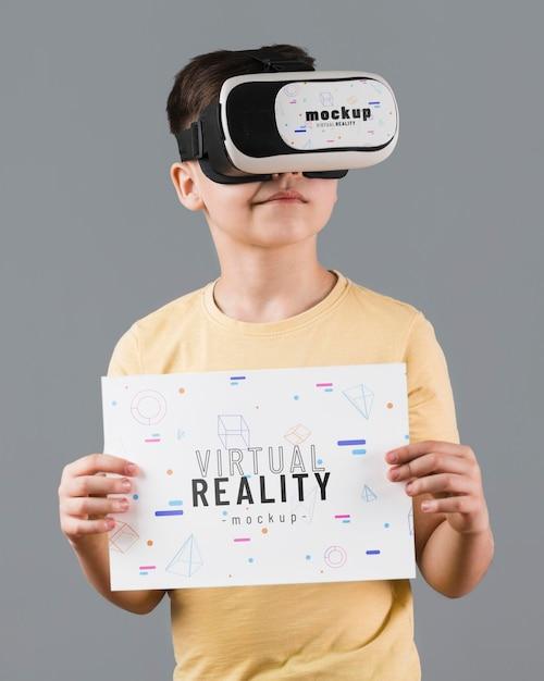Boy wearing virtual reality headset Free Psd