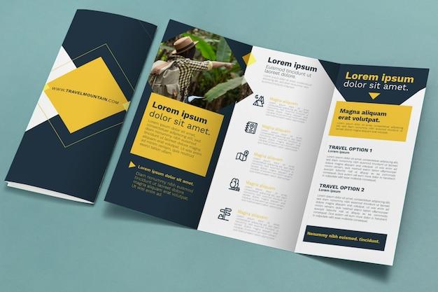 Brochure concept mock-up Psd Gratuite