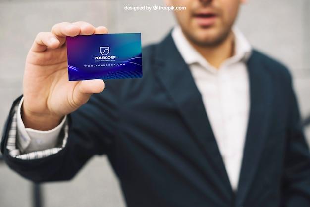 Макет визитной карточки с бизнесменом Бесплатные Psd