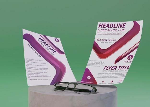 チラシとメガネのビジネスコーポレートアイデンティティテンプレート Premium Psd