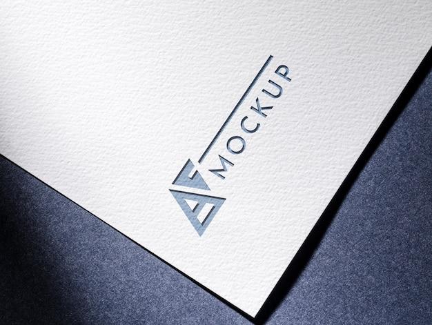 질감 된 표면 종이와 비즈니스 모형 카드 무료 PSD 파일