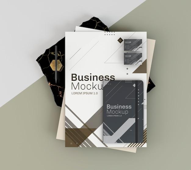 ビジネスステーショナリーのモックアップとメモ帳 無料 Psd