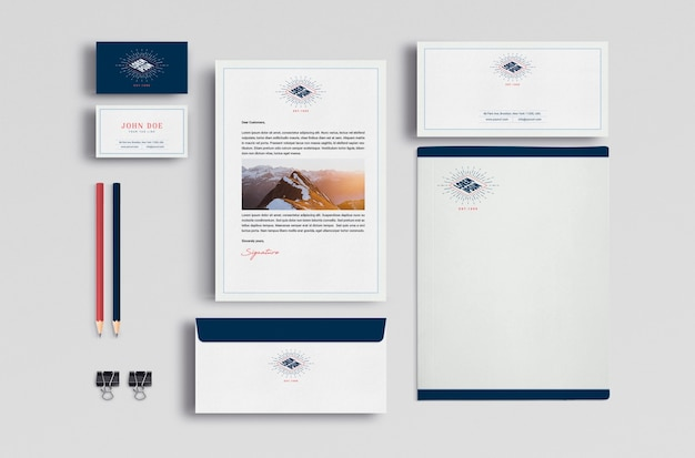 Business stationery mock up Free Psd