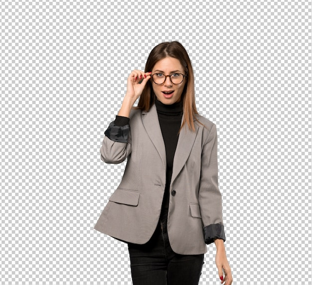 Business woman with glasses and surprised Premium Psd