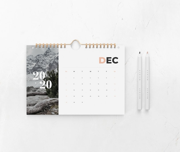 Calendar on wall concept mock-up Free Psd