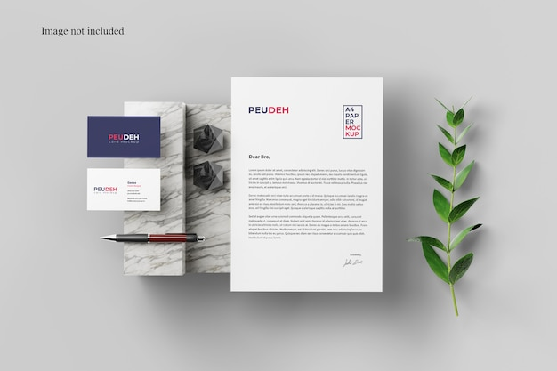 Card and paper mockup with plant Premium Psd