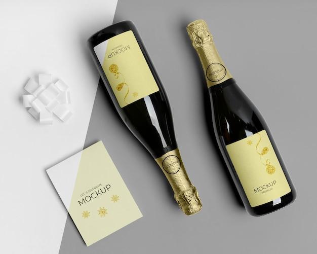 Макет бутылки шампанского с приглашением Бесплатные Psd