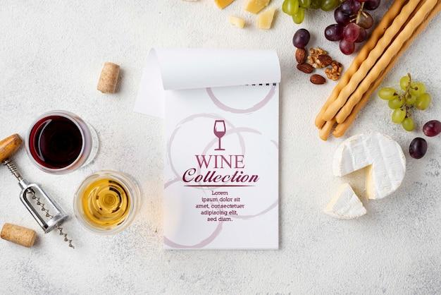 Сыр и вино на столе Бесплатные Psd