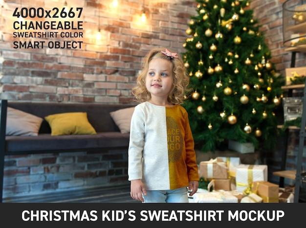 Рождественский детский свитшот mock up Premium Psd