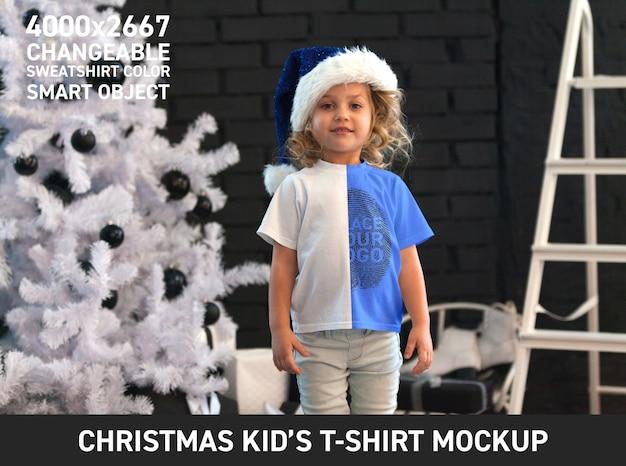 Рождественская детская футболка, макет Бесплатные Psd