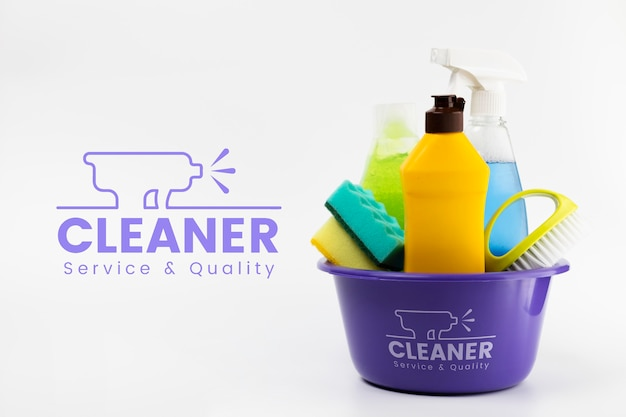 Cleaner service and quality products in a bucket Free Psd
