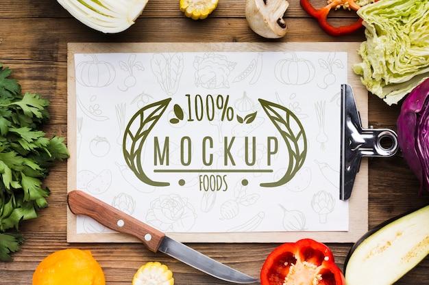 Clipboard locally grown veggies mock-up Free Psd