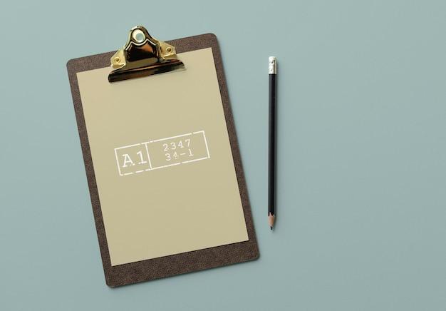문서 모형을 가진 클립 보드 무료 PSD 파일