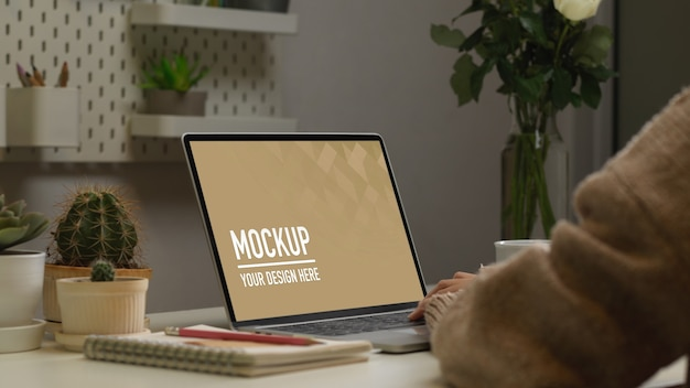 Close up on digital tablets and notebooks mockup Premium Psd