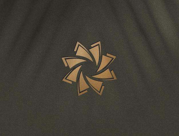 럭셔리 황금 로고 모형 디자인에 가까이 프리미엄 PSD 파일