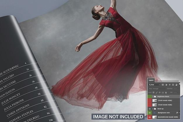 근접 촬영보기 열린 사각형 잡지 이랑 무료 PSD 파일