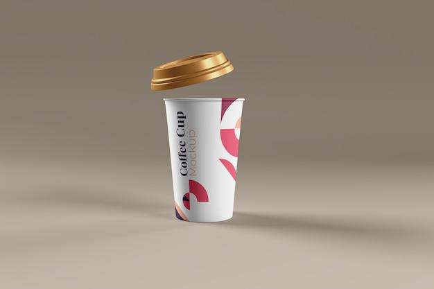 分離されたコーヒーカップの写真のリアルなモックアップ Premium Psd