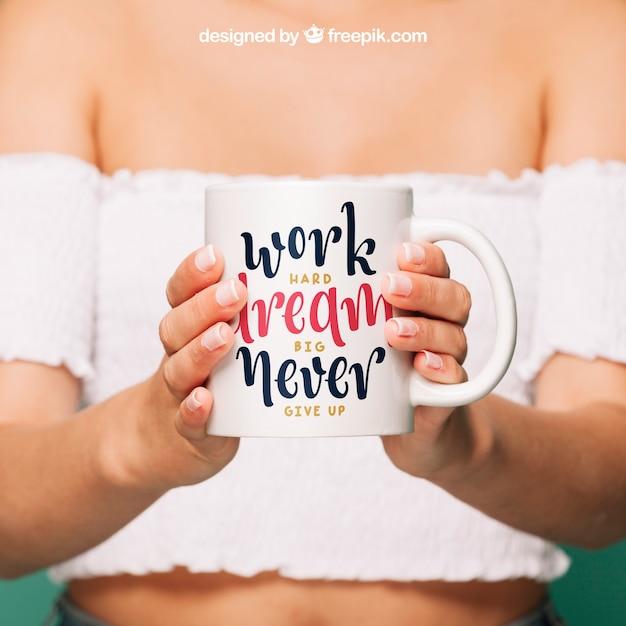 Coffee mug mockup for quote design Free Psd