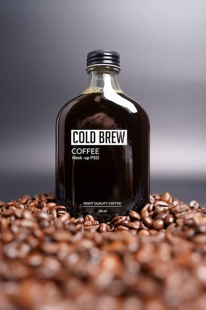 Макет бутылки холодного кофе Бесплатные Psd