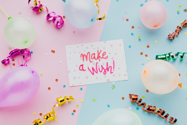 Colorful balloons with confetti and frame Free Psd