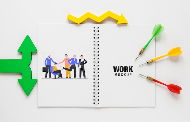 Colourful arrows and darts arrows with notepad Free Psd
