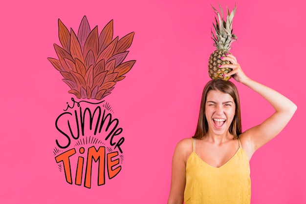 Copyspace mockup for summer with joyful woman Free Psd