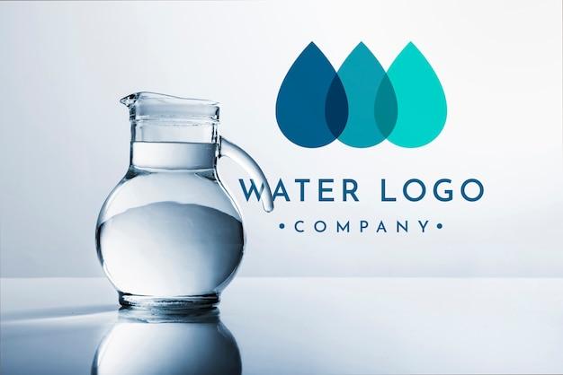 Водный логотип макет на copyspace Бесплатные Psd
