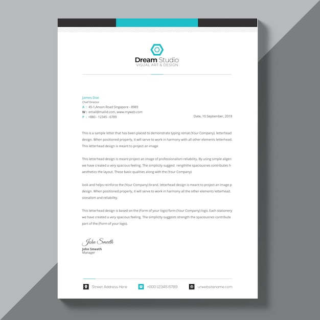 Corporate blue brochure template Free Psd