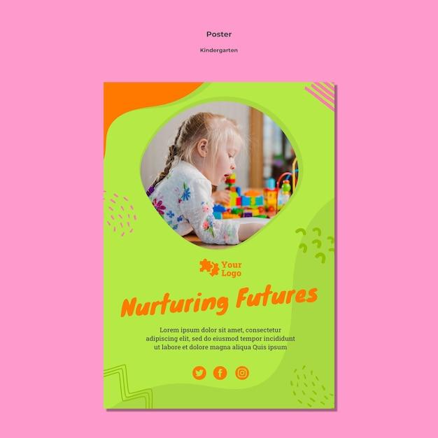 Креативный шаблон плаката детского сада с фото Premium Psd