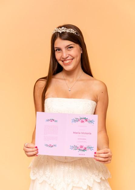 그녀의 달콤한 15를 축 하하는 귀여운 여자 무료 PSD 파일