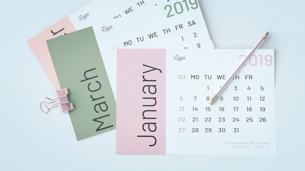 Decorative flat lay calendar mockup Free Psd