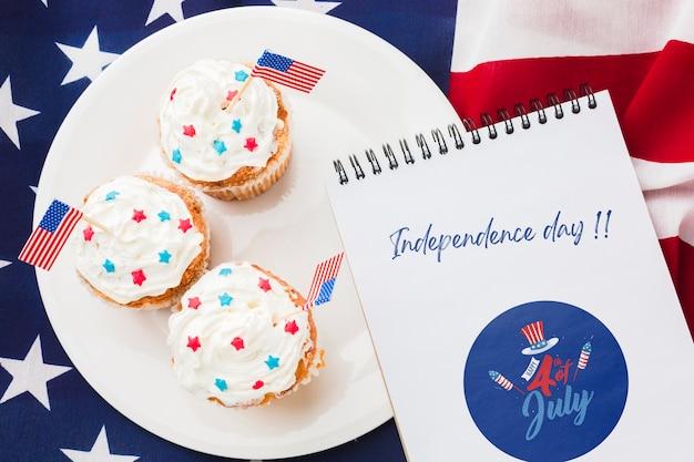 Deliziosi cupcakes per la festa dell'indipendenza Psd Gratuite