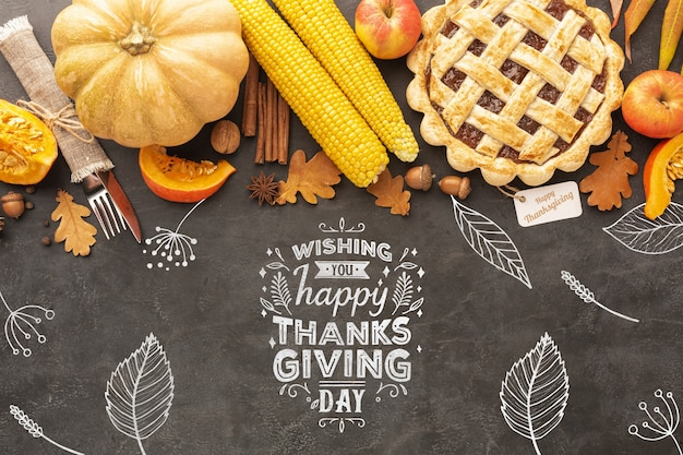 Delicious food on thanksgiving day Free Psd
