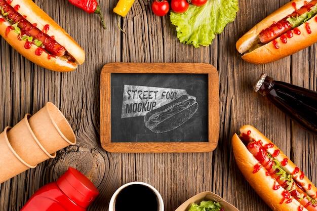おいしい屋台の食べ物のコンセプトのモックアップ 無料 Psd