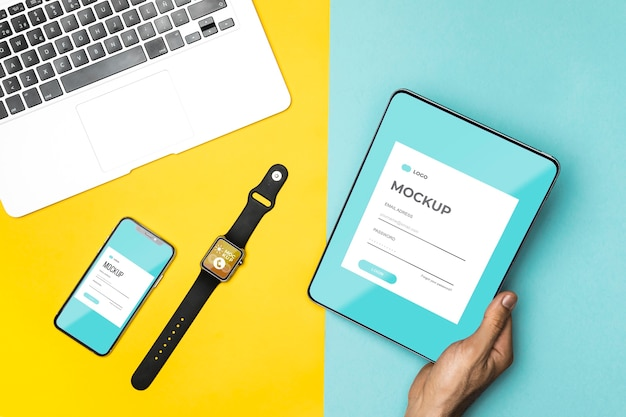 Different devices on desk close-up Free Psd