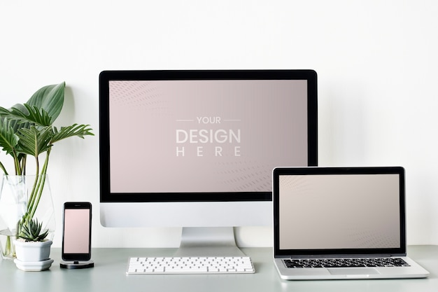 Digital device screens mockup Premium Psd
