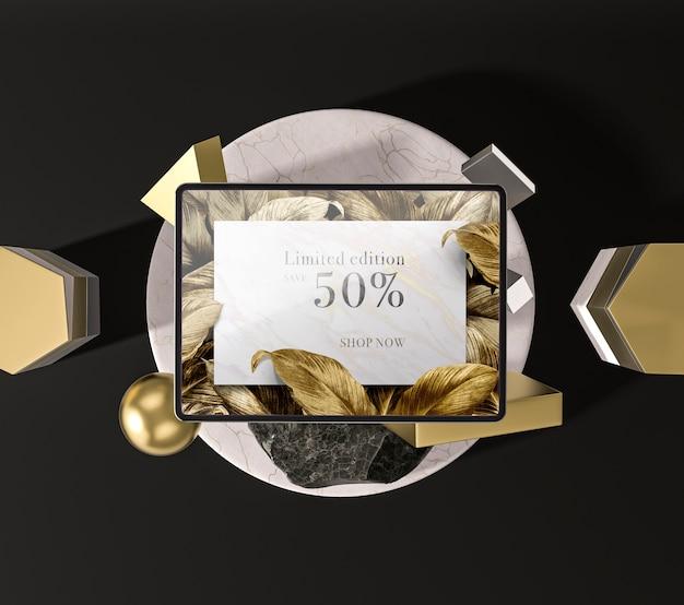 황금 잎 평면도와 디지털 태블릿 무료 PSD 파일