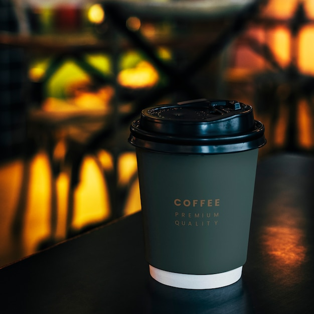 Disposable coffee paper cup mockup design Free Psd