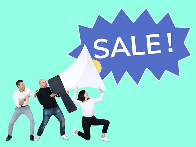 Diverse people announcing a sale promotion Premium Psd