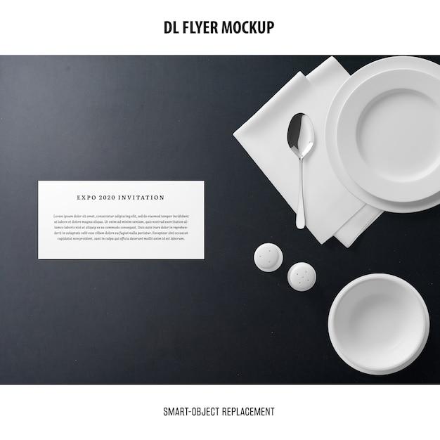 Dl 플라이어 모형 무료 PSD 파일
